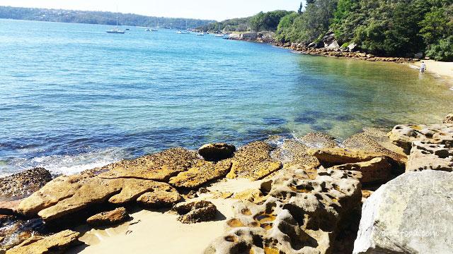 Sydney Harbour National Park tiny beach